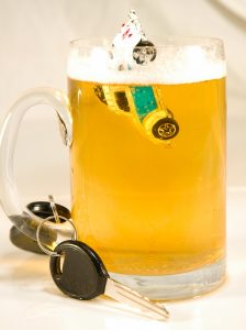 Picture representing drinking and driving.